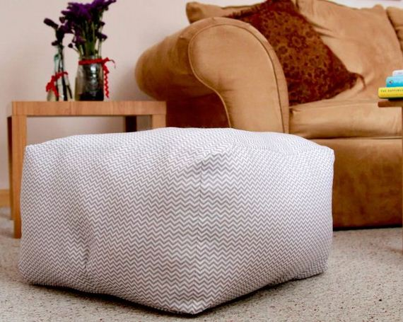 Easy To Make Floor Pillows : Awesome Crafty Sewing Projects