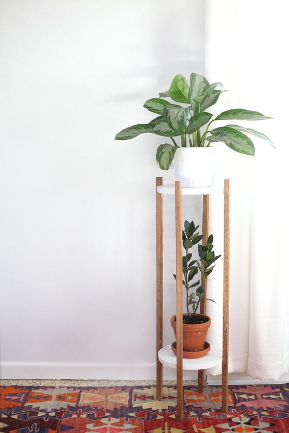 01-DIY-Plant-Stand