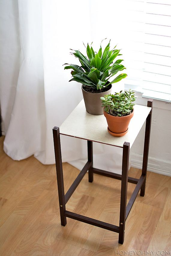 02-DIY-Plant-Stand