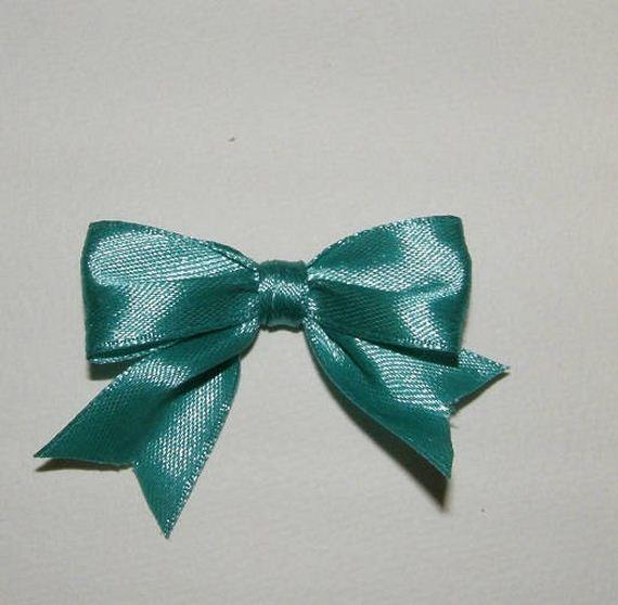 14-diy-gift-bows