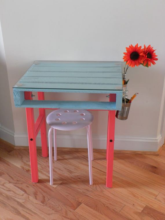 22-diy-farmhouse-desk