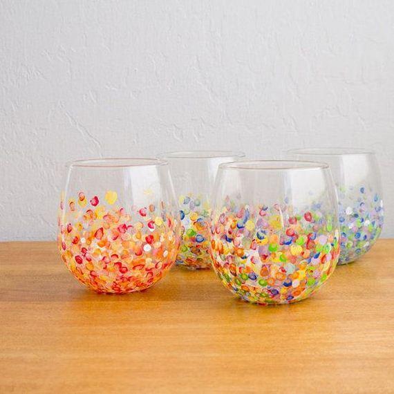 30-Wine-Glasses