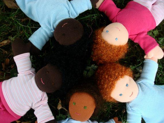 03-Black-apple-dolls