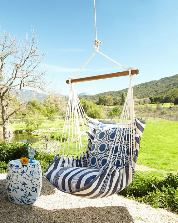 Awesome diy garden swings for Diy indoor swing chair