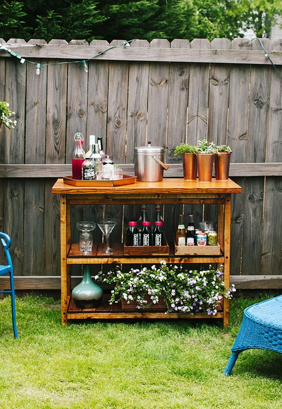 Cool diy outside bar ideas for Diy backyard bar