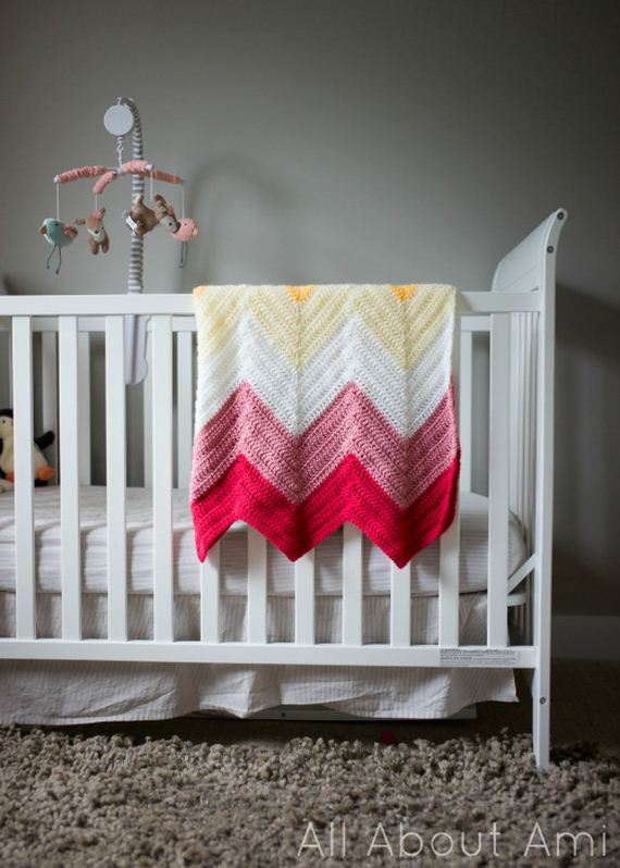 02-Free-and-Cute-Baby-Blanket-Crochet-Patterns