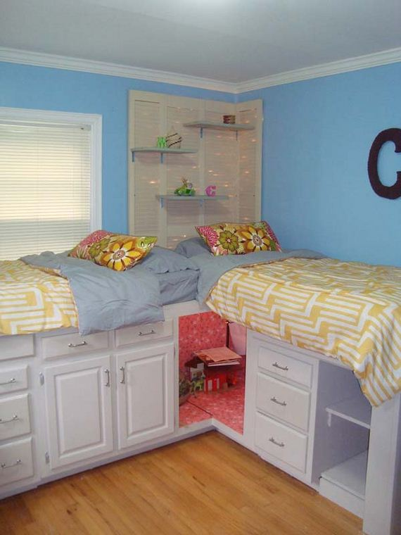 Cool tips to organize your child s room for Cool ways to organize your room