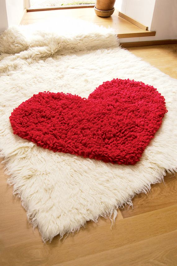 03-Awesome-DIY-Rugs-to-Brighten-up-Your-Home