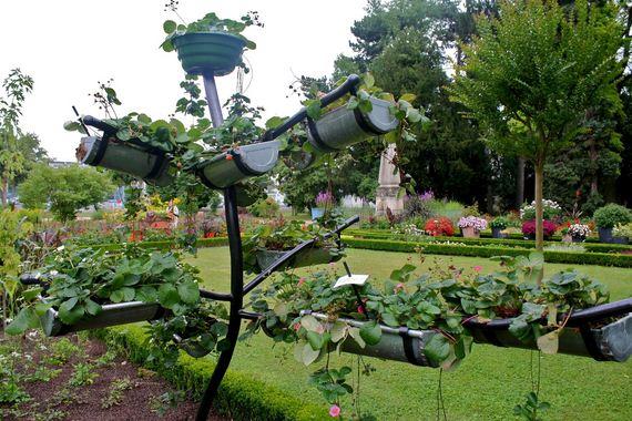 Creative Ways To Repurpose Rain Gutters