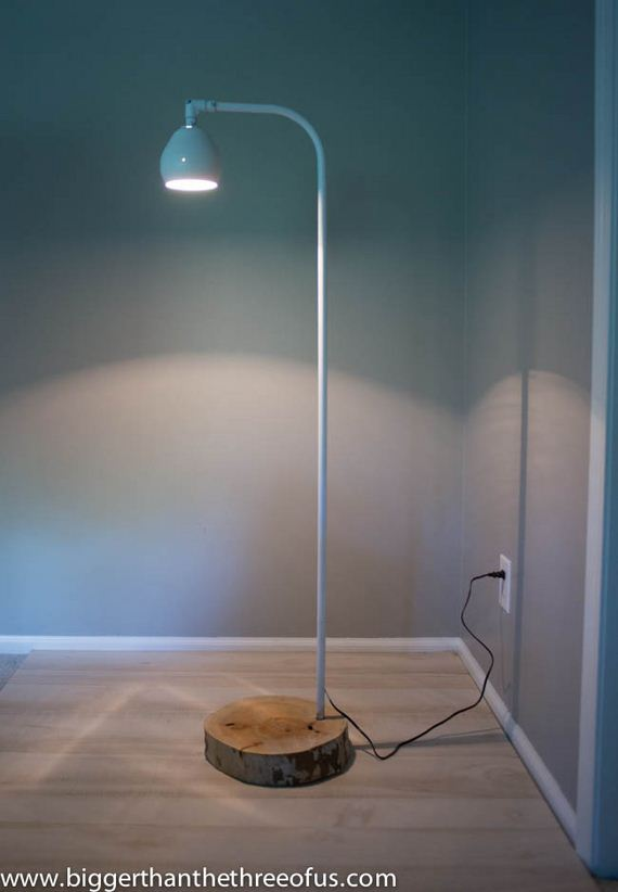 04-Gorgeous-DIY-Floor-Lamps-to-Brighten-Your-Space