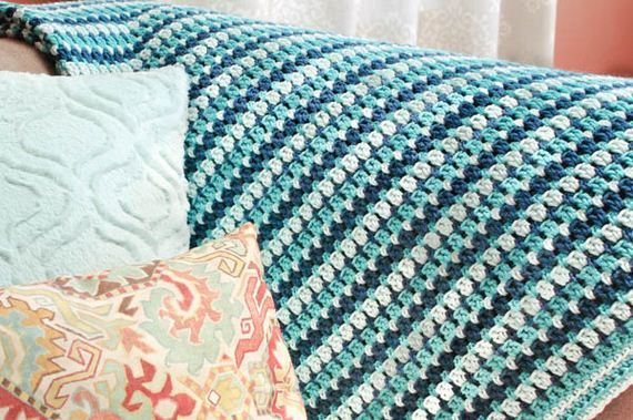 05-Free-and-Cute-Baby-Blanket-Crochet-Patterns
