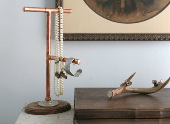 07-DIY-Copper-Pipe-Projects-For-Home-Décor