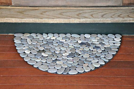 10-Handmade-Cheap-Garden-Decor-Ideas