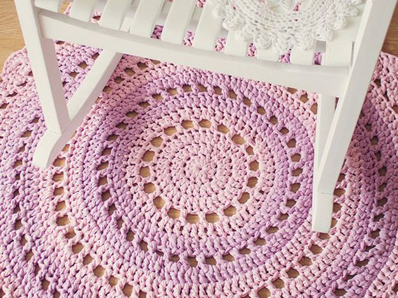 11-Awesome-DIY-Rugs-to-Brighten-up-Your-Home