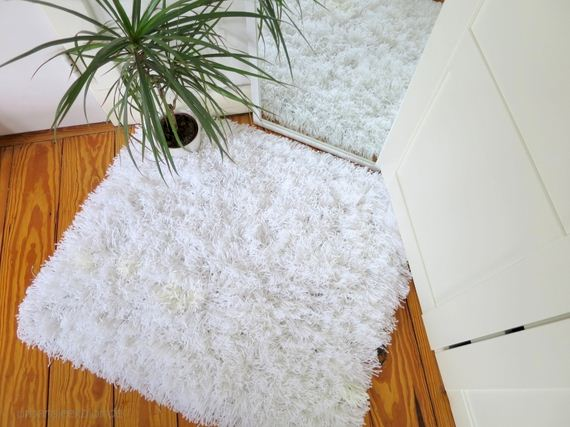 12-Awesome-DIY-Rugs-to-Brighten-up-Your-Home