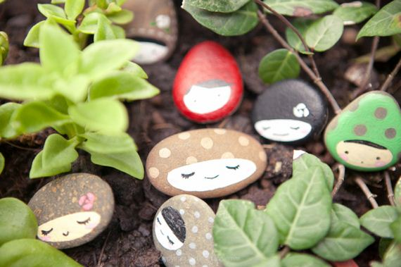 12-diy-stone-painting-and-art