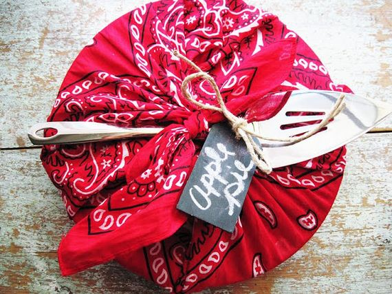 14-Creative-Things-to-Do-with-Bandanas