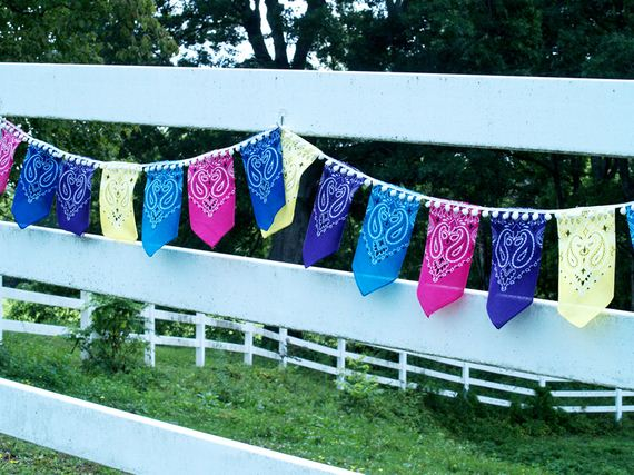 17-Creative-Things-to-Do-with-Bandanas