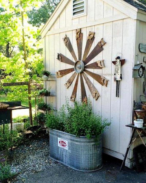 18-Amazing-Ways-to-Repurpose-Old-Garden-Tools