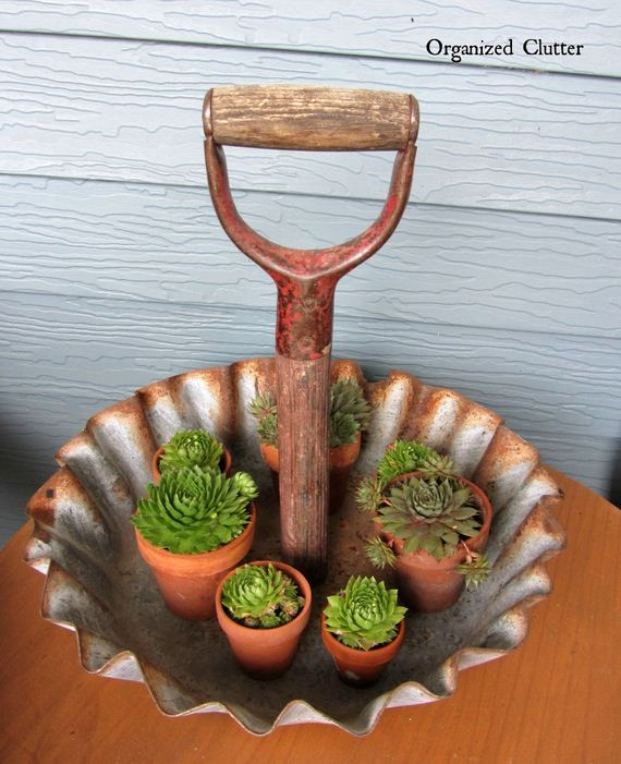 19-Amazing-Ways-to-Repurpose-Old-Garden-Tools