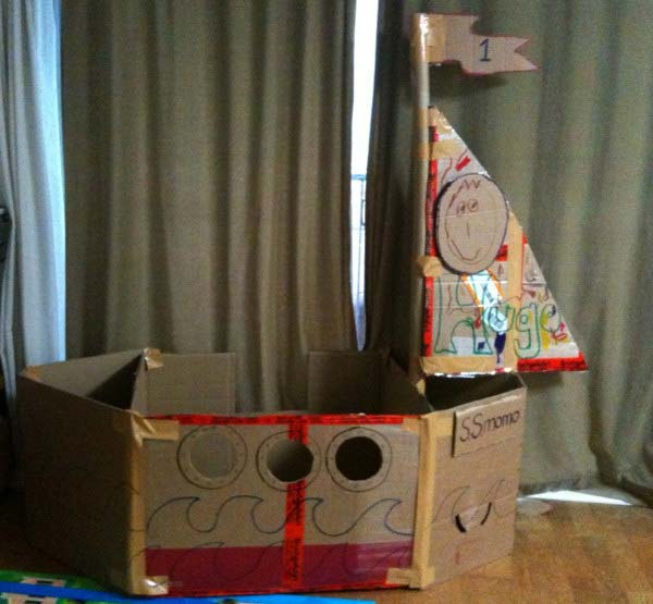 27-Ideas-on-How-to-Use-Cardboard-Boxes-for-Kids-Games-and-Activities-DIY-Projects-homesthetics-diy-cardboard-projects-14