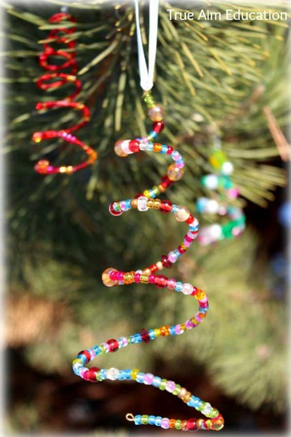 Cool diy christmas decoration ideas for Home made christmas tree decorations