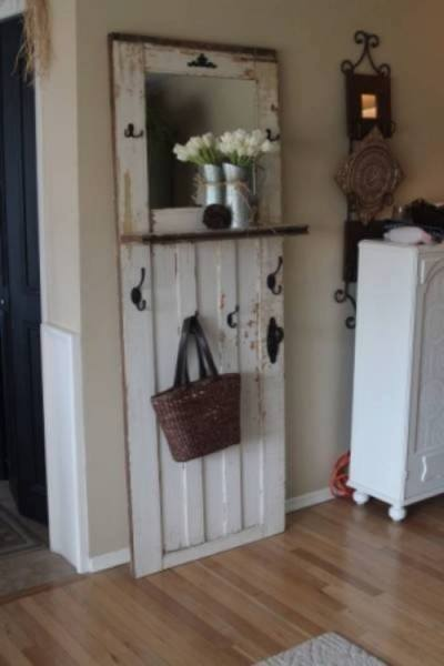 03-Ways-To-Upcycle-Old-Doors