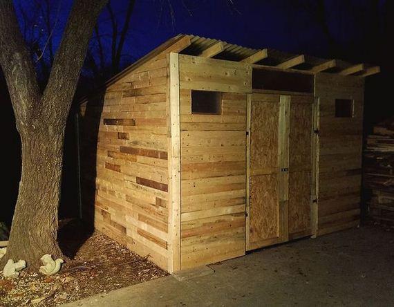 05-diy-pallet-shed