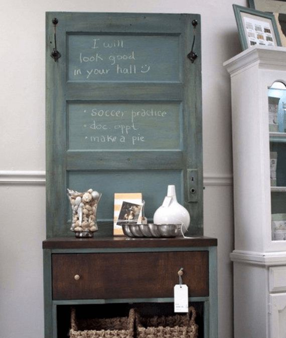06-Ways-To-Upcycle-Old-Doors
