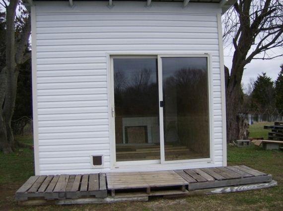 10-diy-pallet-shed