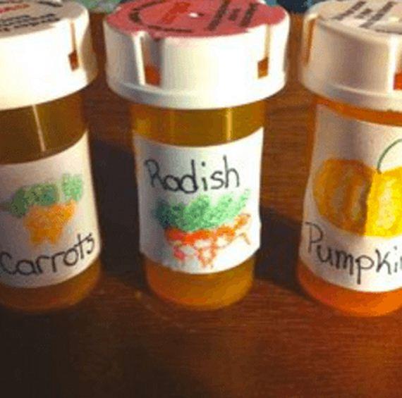10-Uses-For-Empty-Pill-Bottles
