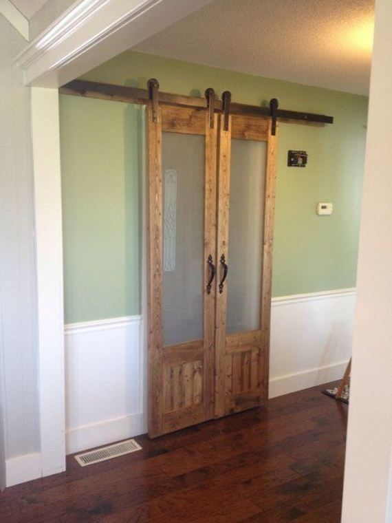 10-Ways-To-Upcycle-Old-Doors