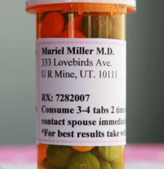 12-Uses-For-Empty-Pill-Bottles