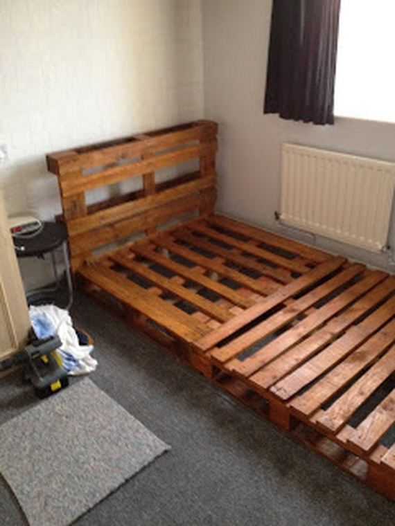 12-wooden-pallet-image