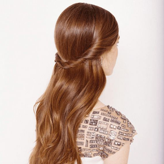 18-Incredibly-Easy-But-Fabulous-DIY-Hairstyle-Ideas