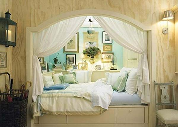 Built-in-bed-in-a-little-ones-room-14