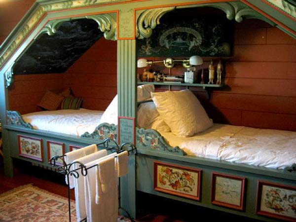 Built-in-bed-in-a-little-ones-room-7