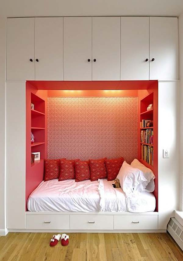 Built-in-bed-in-a-little-ones-room-8