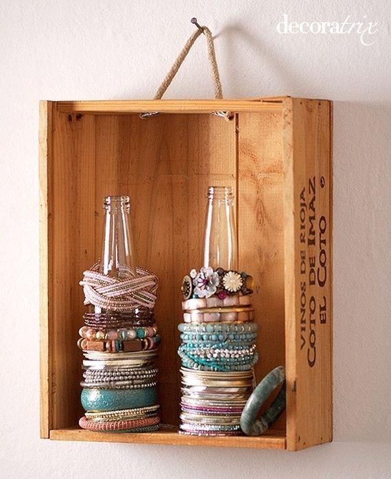 03-Ideas-to-Make-DIY-Jewelry-Holder