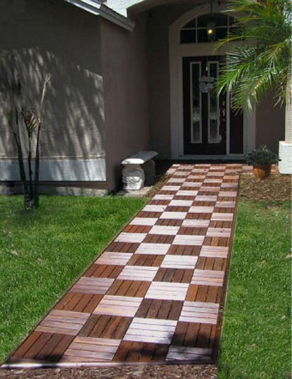 04-decorate-outdoor-space-with-wooden-tiles