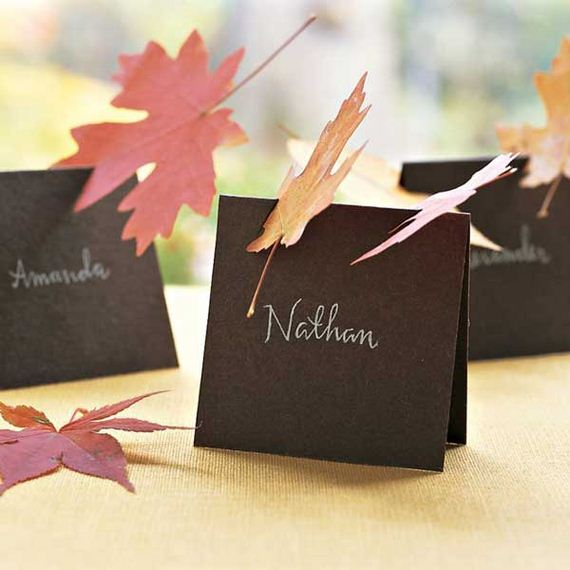 Awesome place cards diy ideas for thanksgiving for Diy thanksgiving table place cards