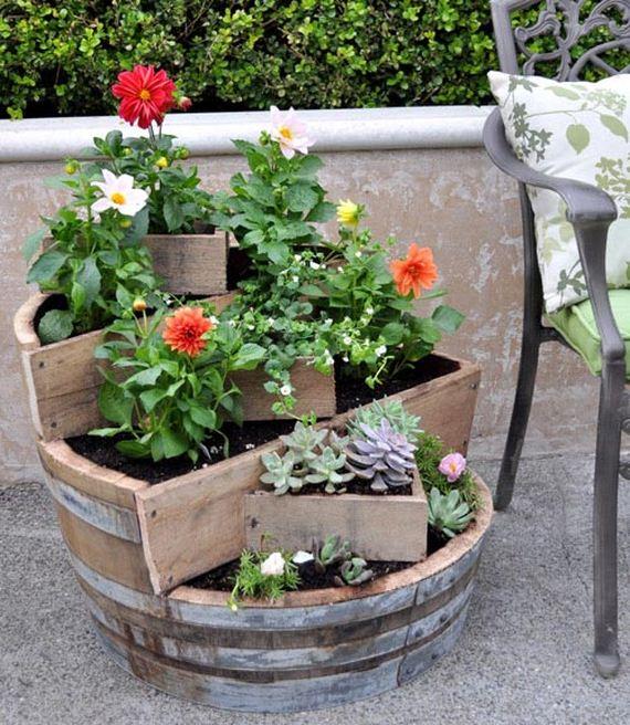 07-diy-garden-crafts-diy-garden-decor-and-projects