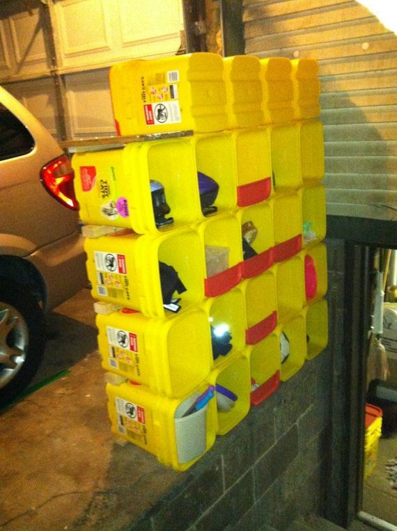 08-Kitty-Litter-Containers