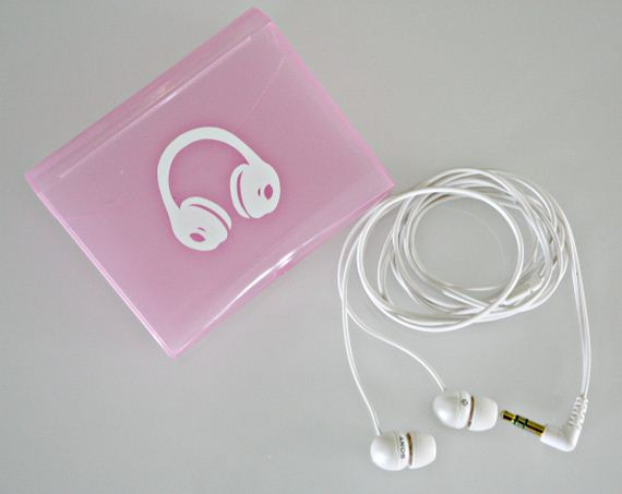 How to Store Your Headphones