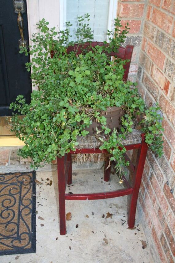 11-repurpose-old-chairs
