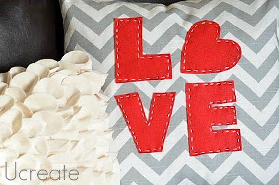 13-Creative-Pillows