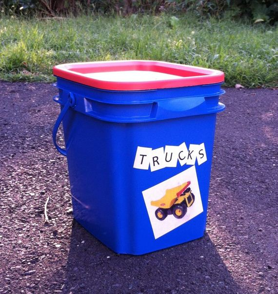 14-Kitty-Litter-Containers