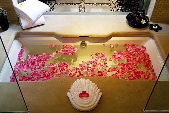 16-Spa-Like-Bathroom-Designs-Woohome