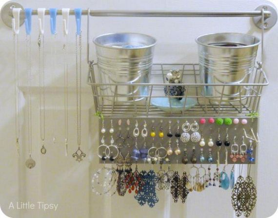 27-Ideas-to-Make-DIY-Jewelry-Holder