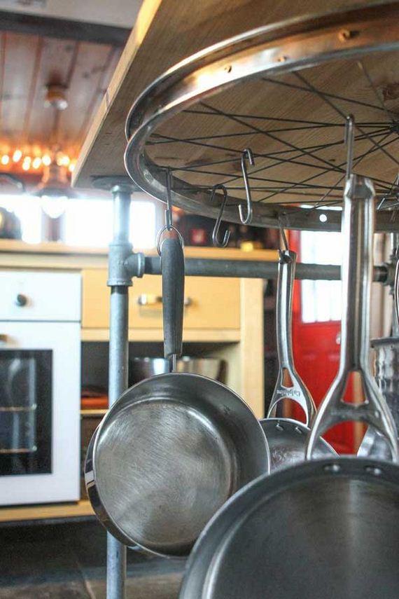 DIY-Crafts-from-Bike-Wheels-05-2